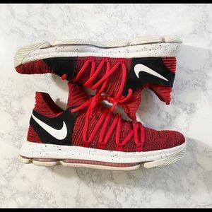Nike Zoom KD 10 Red Velvet Cupcake Kevin Duran